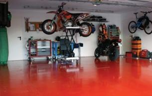 Особенности и преимущества наливного пола в гараже